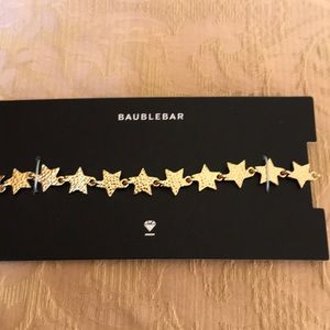 Gorgeous Baublebar necklace